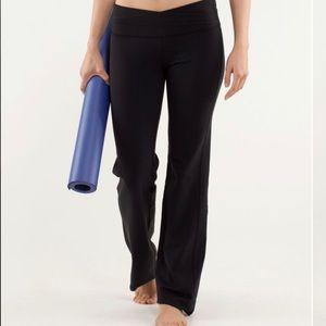 Lululemon - Astro Pants - women's (Size 4)